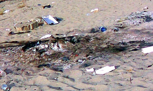 Catania, devastata spiaggia libera